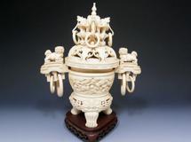 誠屋の買取り品例象牙, 珊瑚, 貴金属, 装飾品のイメージ画像